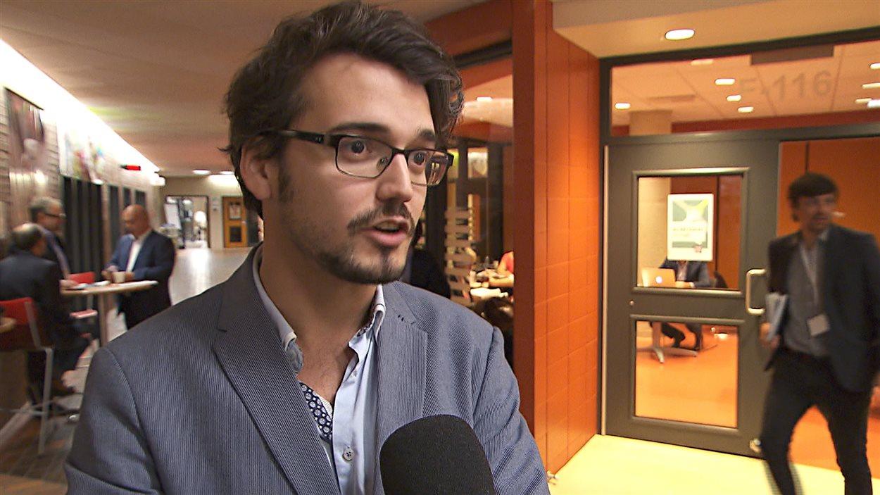 Le cofondateur et directeur général de la clinique juridique Juripop, Julien David-Pelletier
