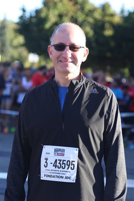 Le marathonien Stéphane Demers