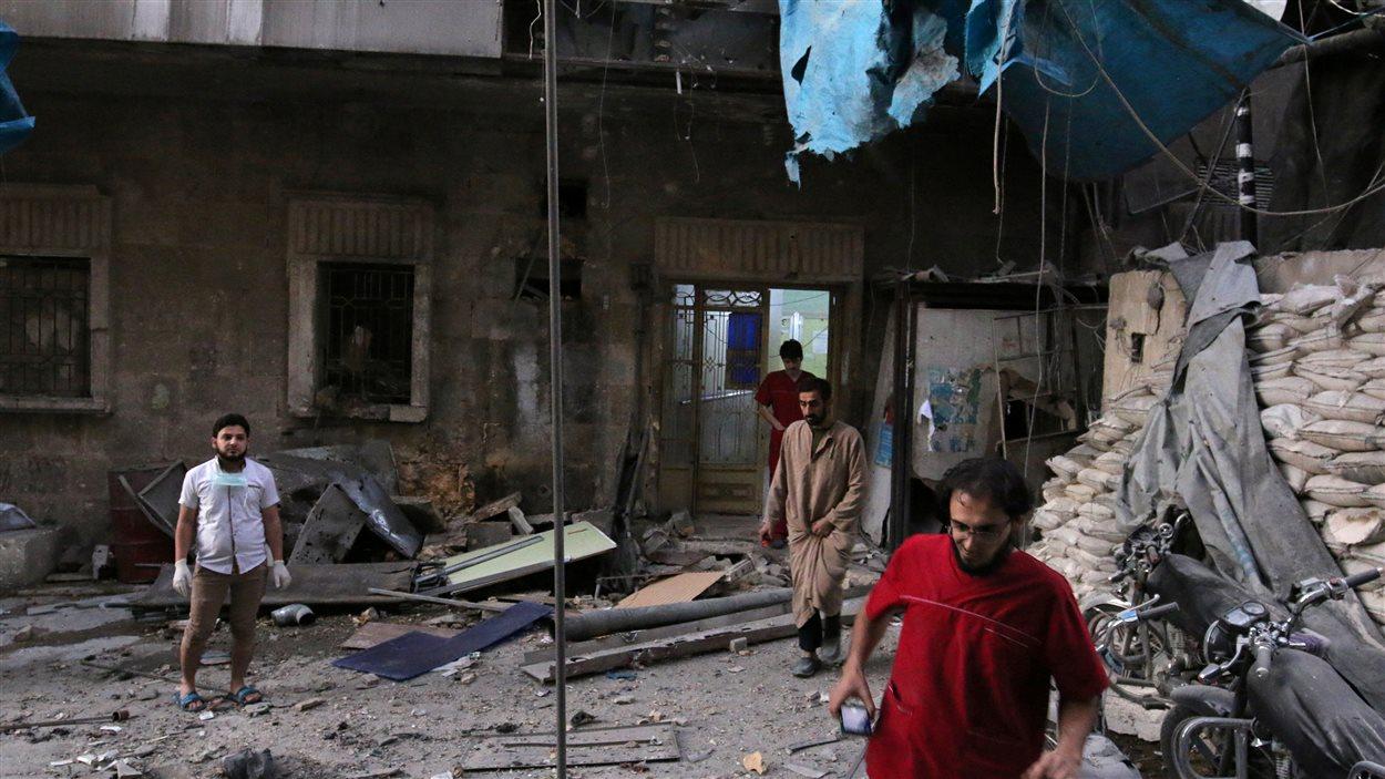 Un des hôpitaux détruits ce mercredi à Alep