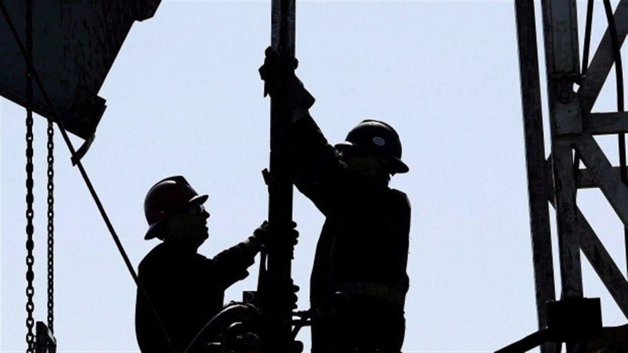 84 % des Albertains estiment que l'industrie pétrolière est importante pour le pays d'un point de vue économique.