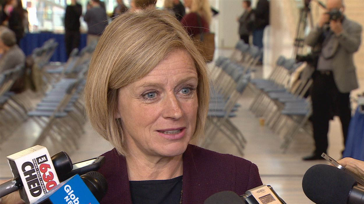La première ministre de l'Alberta Rachel Notley.