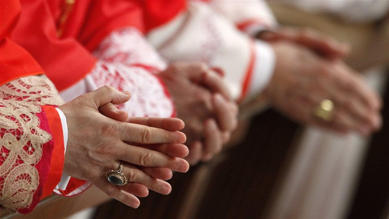 Les mains de cardinaux