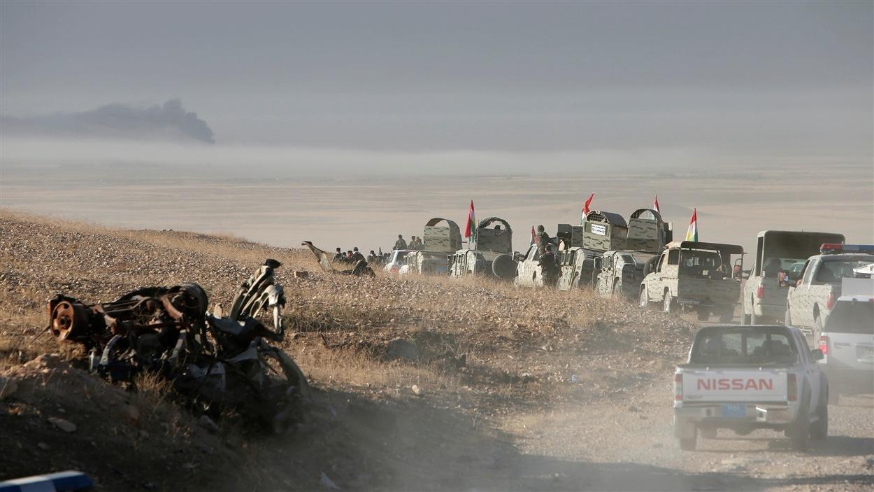 Les forces peshmergas avancent dans l'est de Mossoul, en Irak.