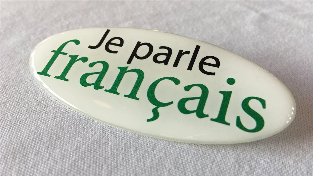 Macaron « Je parle français ».