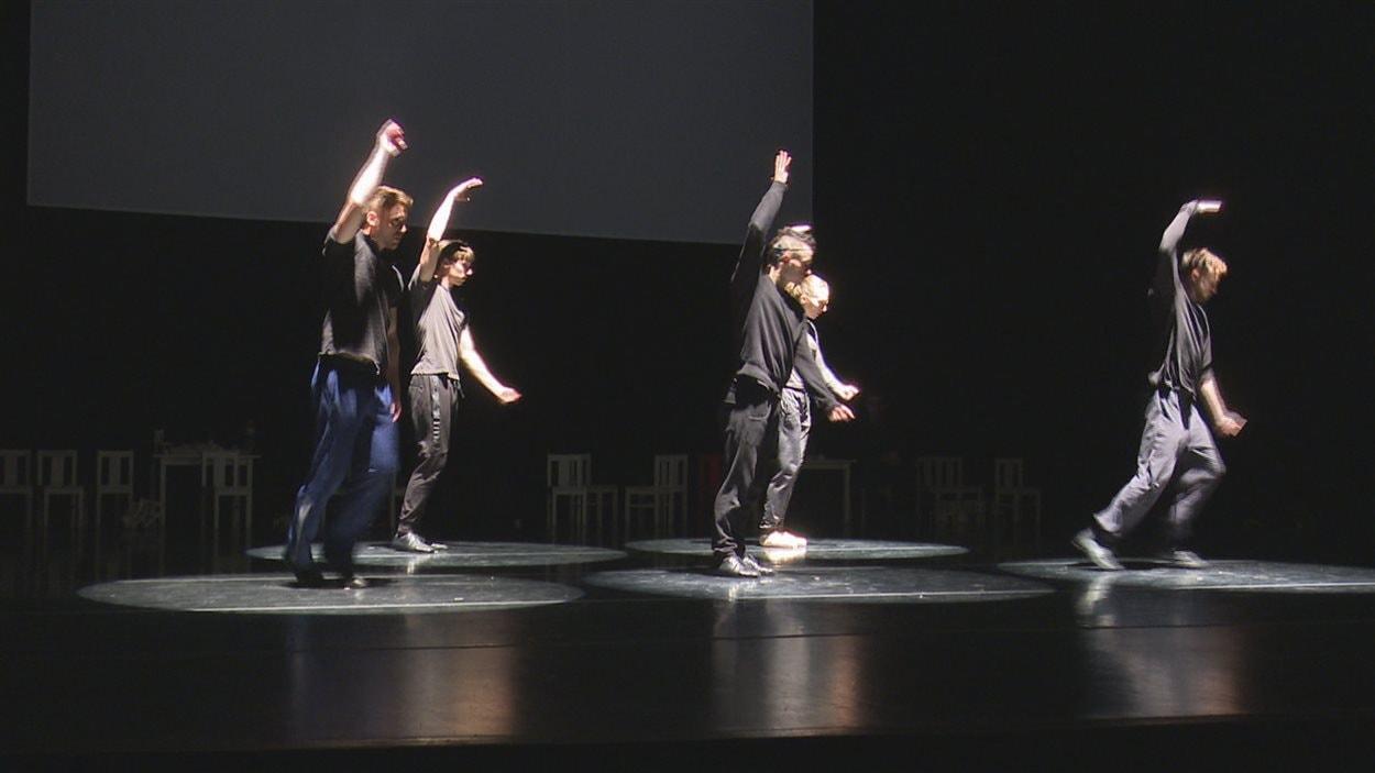 Le spectacle 9, présenté à la salle de spectacle de Rimouski