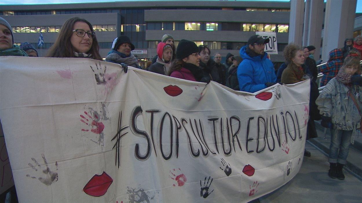Environ 200 personnes ont participé à la marche à Saguenay.