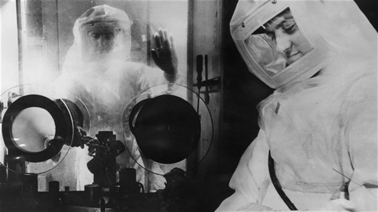 Techniciens du laboratoire de recherche de Chalk River, en Ontario