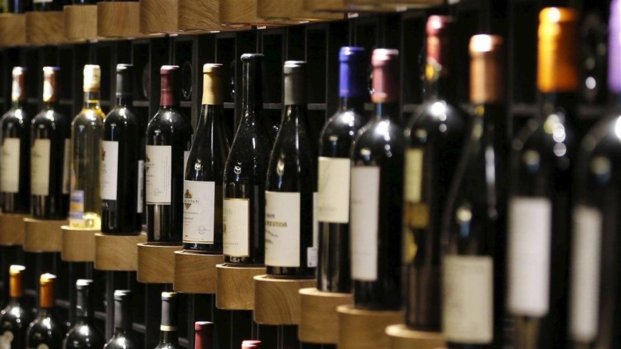 Des bouteilles de vin gagneront les épiceries d'ici la fin de l'année.