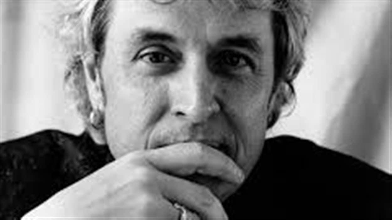François Dubé a composé la chanson Notre Place avec Paul Demers.