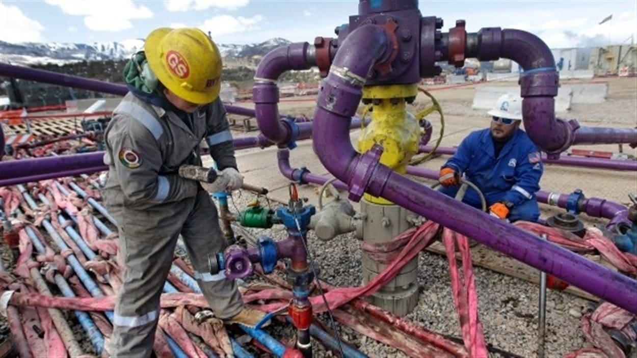 Une majorité de Québécois s'oppose à l'exploitation d'hydrocarbure utilisant la fracturation hydraulique ou à l'acide, selon un sondage du Front commun pour la transition énergétique.