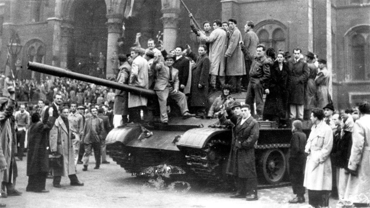 rebelles_hongrois_budapest_1956