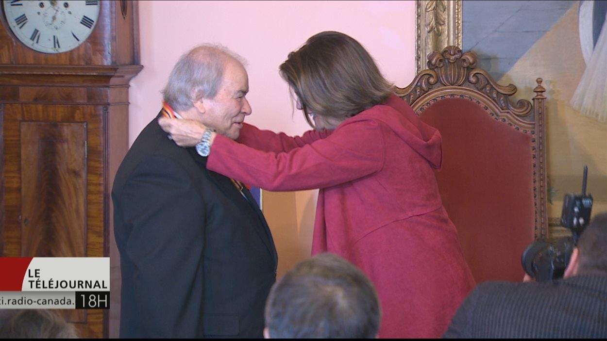 Jean-Guy Rioux reçoit l'Ordre du N.-B.