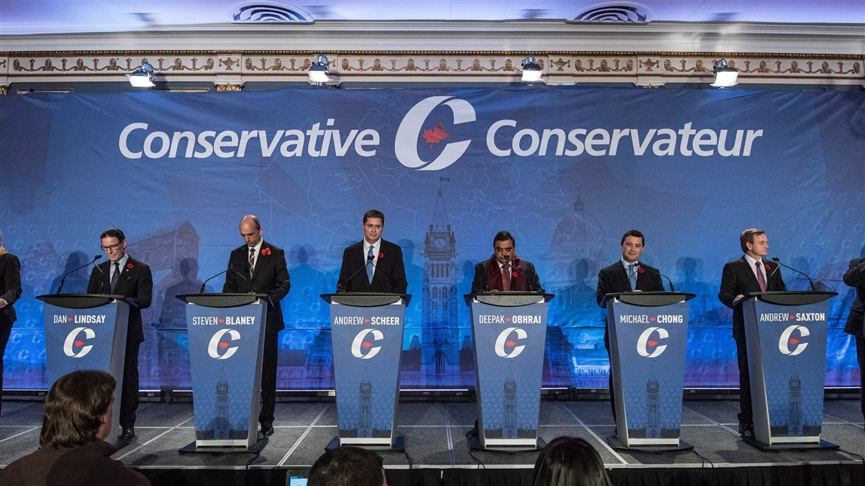 Les candidats ont débattu à Saskatoon, moins de trois mois après que Stephen Harper eut mis fin à sa vie de parlementaire.