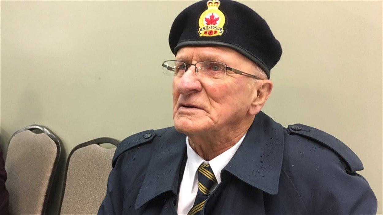 Clarence Girouard a été membre de la Marine marchande