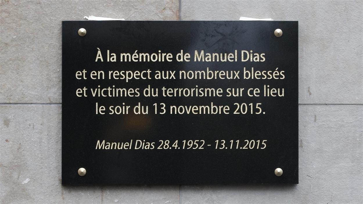 La plaque dédiée à Manuel Dias au Stade de France