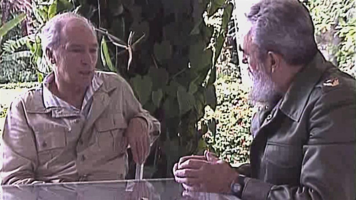 Archives cubaines montrant le tournage d'une entrevue de Fidel Castro par Pierre Elliott Trudeau pour sa série télévisée intitulée «Mémoires».