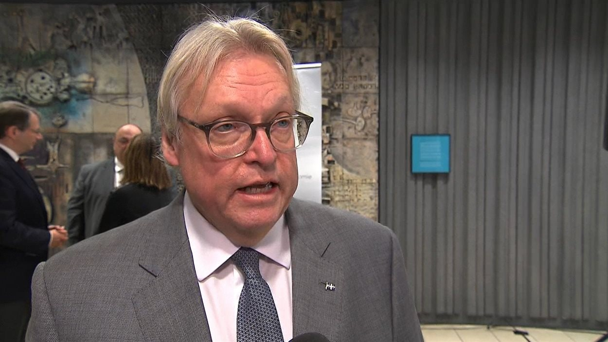 Le ministre de la Santé et député de La Pinière, Gaétan Barrette