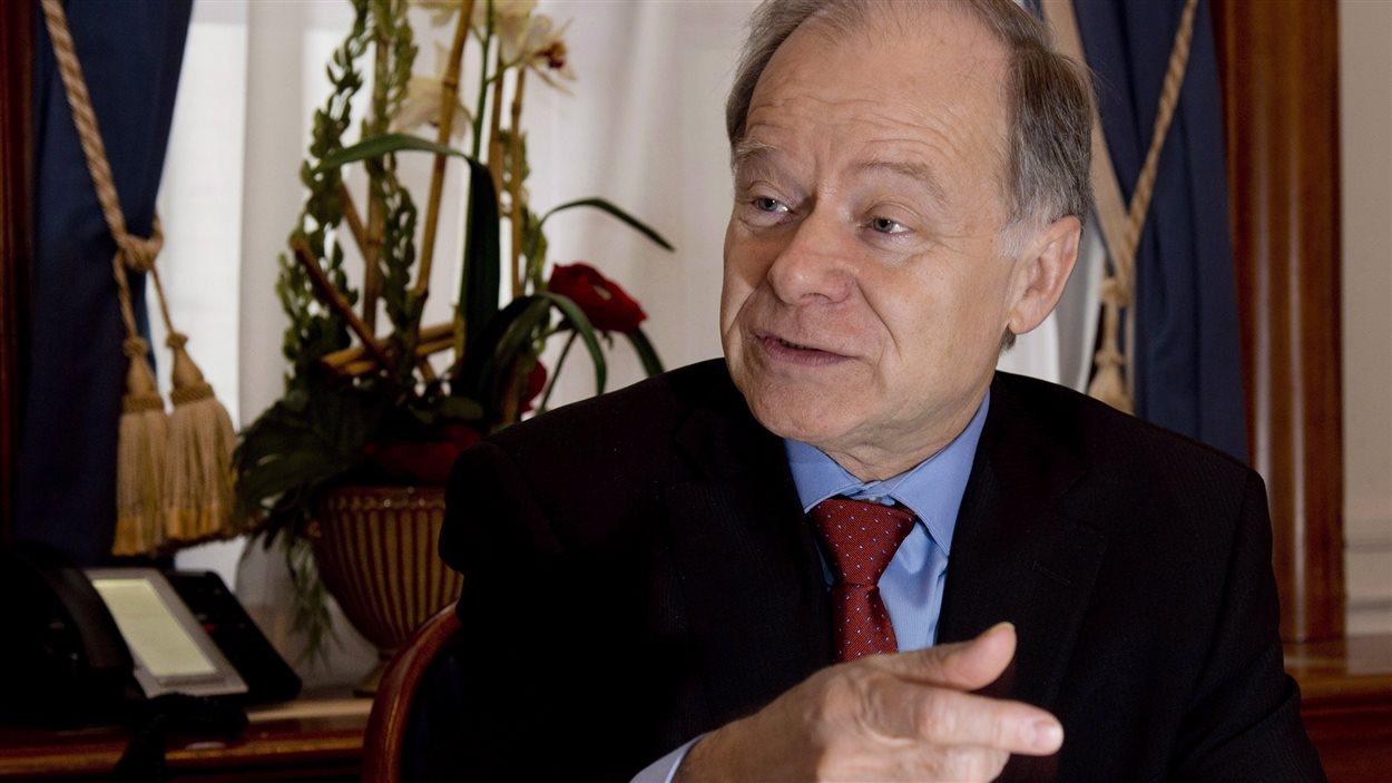L'ex-ministre des Finances du Québec Raymond Bachand agira comme conseiller spécial du gouvernement du Québec lors des négociations sur l'ALENA.