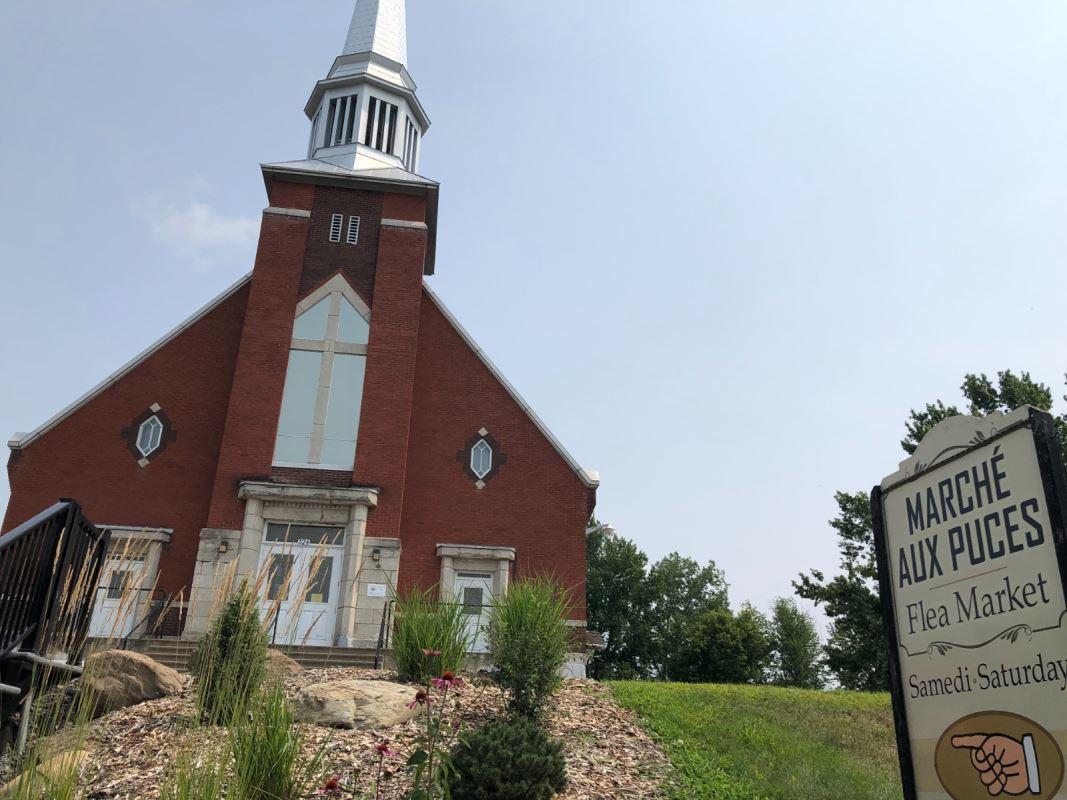 L'église Saint-Cajétan de Mansonville.