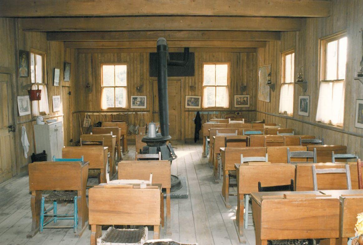La salle classe de d'Émilie Bordeleau, recréée au Village d'Émilie
